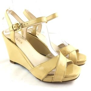 Wedge sandals ankle strap patent leather yellow 38